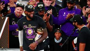 Son Dakika | NBAde şampiyon Los Angeles Lakers İşte şampiyonluk fotoğrafları...