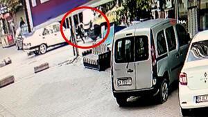 Esenyurtta çocuğa çarpan minibüsçüye meydan dayağı