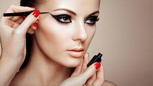 Hangi Göz Şekli Nasıl Eyeliner Uygulamalı