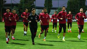 A Milli Futbol Takımında Sırbistan maçı hazırlıkları başladı
