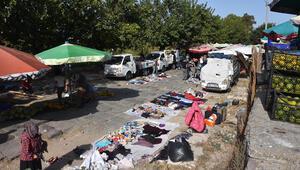 İzmirde tepki çeken görüntü Tarihi İpek Yolu, pazar yeri ve otopark oldu