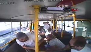 İzmitte 7 kişinin yaralandığı kaza anı kamerada