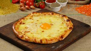 Trabzon yağlı pidesinden, patatesli kır pidesine çeşit çeşit pide tarifleri