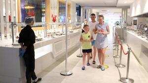 Güvenli turizm için oda kapasite düzenlemesi