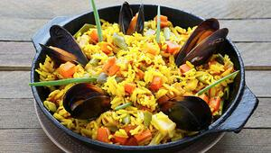 Paella nedir ve nasıl yapılır Kolay paella tarifi
