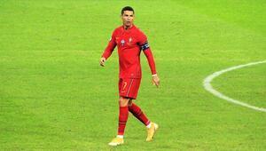 Cristiano Ronaldo koronavirüse mi yakalandı Ambulans uçakla Torinoya gitti