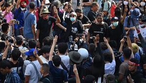 Bangkokta olağanüstü durum ilan edildi