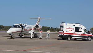 Koronavirüs olan Afgan uyruklu doktor, ambulans uçakla Türkiye'ye getirildi