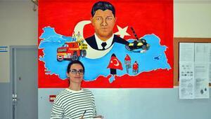 Resim öğretmeni Burcu, okulun duvarlarını renklendirdi