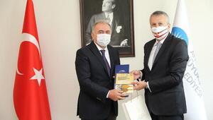 Romanya Büyükelçisi Sopanda Büyükşehiri ziyaret etti