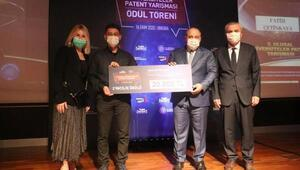 AÜ öğrencisi Çetinkayaya ikincilik ödülü