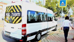 İstanbulda 15 okul servisi aracı trafikten men edildi