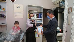 Gölbaşı Belediyesinden berberlere malzeme desteği