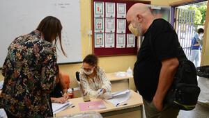 KKTCde cumhurbaşkanlığı seçiminin ikinci turu için oy kullanma işlemi başladı