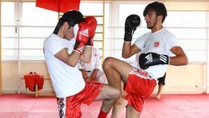 Kick boks Türkiyede popüler sporlar arasına girdi
