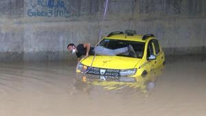 Son dakika haberleri... Bugün İstanbul... Mahsur kaldı, böyle yardım bekledi
