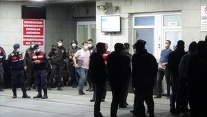 İzmirde silahlı kavga dehşeti 1 ölü