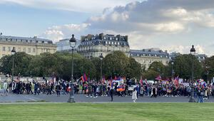 Paris'te PKK'nın katılımıyla Ermenistan'a destek gösterisi