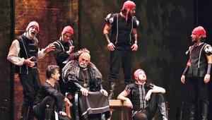 Kral Lear  sahnede