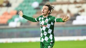 Bursasporda Ali Akman parlıyor 5 maçta 4 gol...