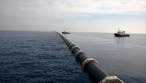 Asrın projesi askılı boru sistemiyle Anadoludan KKTCye su taşıyor