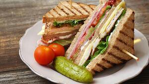 Kolayca yapabileceğiniz birbirinden nefis soğuk sandviç tarifleri