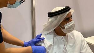 BAE Başbakan yardımcısı Şeyh Saif bin Zayed Covid-19 aşısını denedi