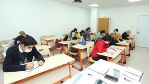 Çayırovada üniversiteye hazırlık kursları başladı