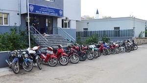 Erdek'te 5 çalıntı motosiklet ele geçirildi