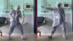 Hindistanda koronavirüs yoğun bakımında doktorun dansı tepki çekti