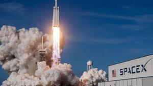 Microsoft ve SpaceX uzaycılık şirketlerine bulut çözümü sunacak