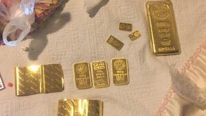 Morgda cenaze beklerken külçe altınları çalındı