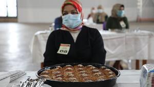 Rizede kadınlar en güzel Laz böreğini yapmak için yarıştı