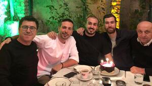 Mustafa Aksakallıya sürpriz kutlama