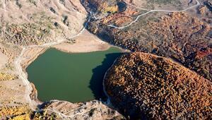 Doğaseverler Kovid-19 sürecinin stresini Nemrut Krater Gölünde atıyor
