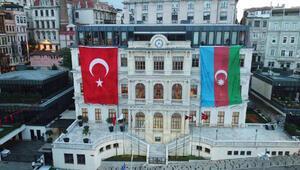 Belediyeden Azerbaycana bayraklı destek