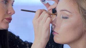 Göz şekline uygun makyaj nasıl yapılır İşte önemli püf noktaları...