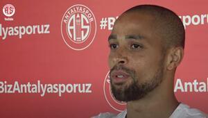 Sidney Sam, en iyi futbolunu Antalyasporda oynamak istiyor