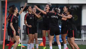 A Milli Kadın Futbol Takımı, Kosova maçının hazırlıklarını tamamladı