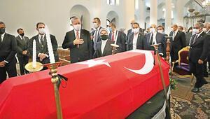 Türkiye Ermenileri tarihinde bir ilk: Devletin zirvesi Esayan'ın cenaze törenindeydi