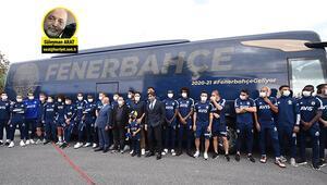 Son Dakika Haberi | Fenerbahçenin takım otobüsü törenine Erol Bulut damga vurdu