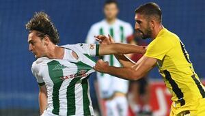 Bursaspor öne geçtiği 4 maçta 10 puan kaybetti