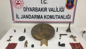 Tarihi eser kaçakçılarına suçüstü 500 bin TLye...