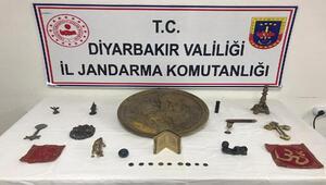 Diyarbakırda 500 bin liralık tarihi eser operasyonu: 3 gözaltı