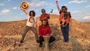 'Tabutta Rövaşata' filmine müzik yapıp dağılacaktık'