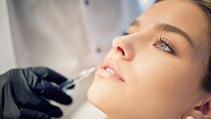 """Uzmanından gençlik aşısı uyarısı: """"Ölümcül alerjik reaksiyonlara neden olabilir"""""""