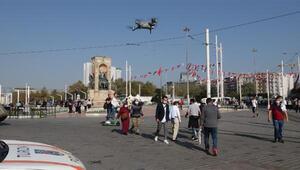 Taksim Meydanında dronlu maske denetimi