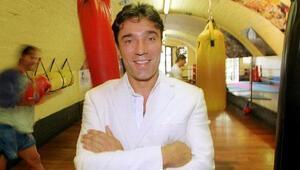 Kick boksun Türkiyedeki öncülerinden Tarık Solak vefat etti