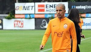Son Dakika | Galatasarayda Sofiane Feghouli takımla çalışmaya başladı