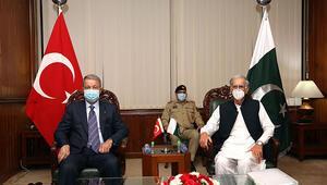 Milli Savunma Bakanı Akar Pakistanda